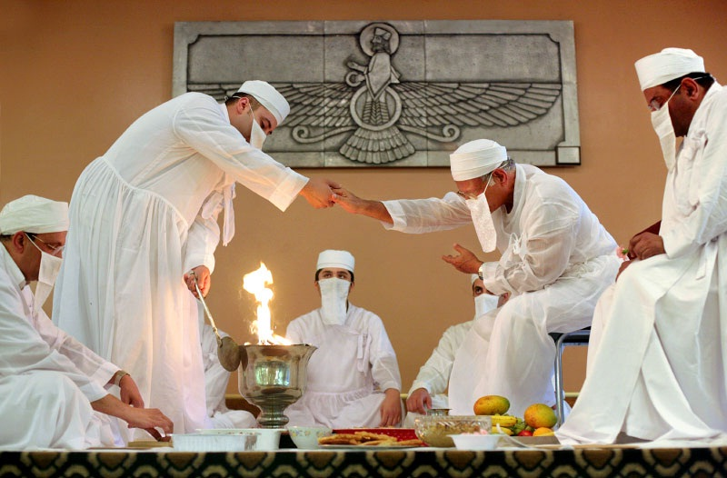 an introduction to the zoroastrian religion and their priest zarathustra Introduction of zoroastrianism zoroastrianism is an ancient aryan religion that originated in persia more than 3500 years ago though it has relatively few adherents, about one hundred and thirty thousand in the whole world, it is one of the oldest religions.